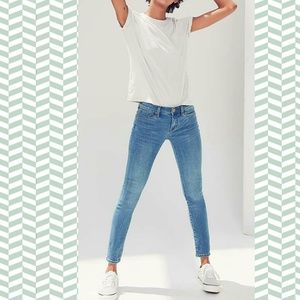 urban outfitters BDG  twig mid rise skinny jean